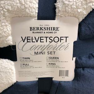Berkshire Bedding - Berkshire VelvetSoft Comforter Mini Set (PM_B76)